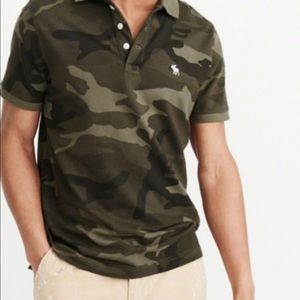 Abercrombie & Fitch polo T-shirt